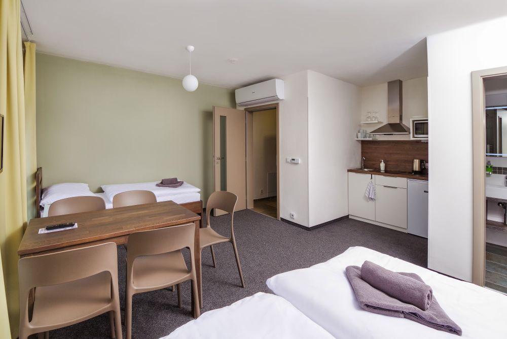 Ubytování Milovice - pětilůžkový pokoj či apartmán