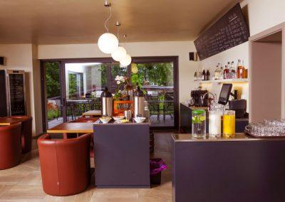 Bar - Ubytování Milovice - Penzion Lesní