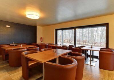 Restaurace - Ubytování Milovice - Penzion Lesní