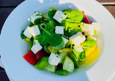 Restaurace Milovice - šopský salát